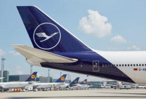 Lufthansa Airline-min