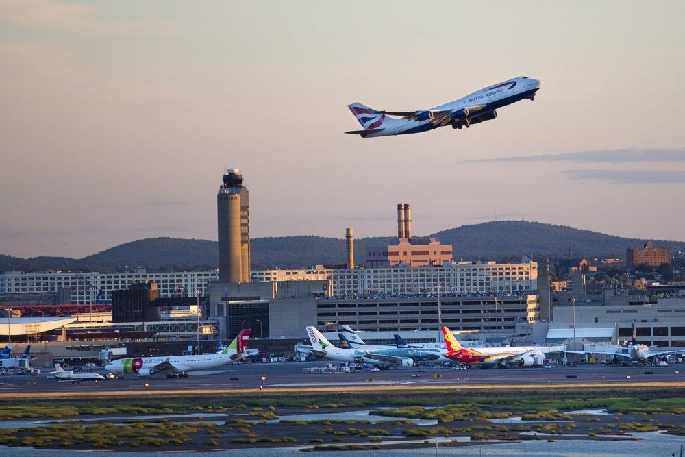 BostonLogan International Airport Terminals, Hotels & Reviews